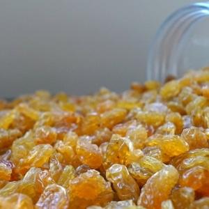 Gele-jumbo-rozijnen-dehorecabox-noten-pitten-zaden-gezond